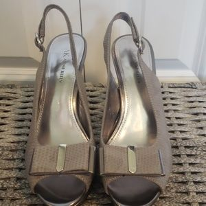 "Beautiful Anne Klein 4"" heels"
